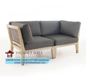 bay-loveseat-angle